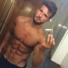 Beautiful Antonio Pozo does a mirror selfie