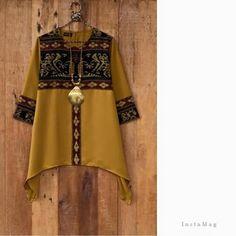 Jggh Batik Fashion, Ethnic Fashion, Hijab Fashion, Boho Fashion, Fashion Outfits, Batik Blazer, Blouse Batik, Batik Dress, Mode Batik