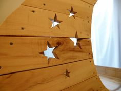 Stars routed and cut out on the sides. Clock, Moon, Stars, Projects, Diy, Furniture, Home Decor, Watch, The Moon