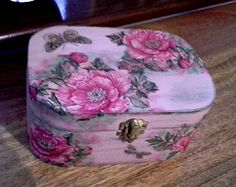 Bolsa wood box, revamped with emulsion paint and decoupaged napkin. Aged with wax