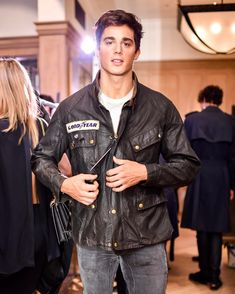 "136.4 mil Me gusta, 741 comentarios - Pietro Boselli (@pietroboselli) en Instagram: ""Tbt last Thursday wearing a 60 year old jacket from @belstaff archives. ⏳⌛️"""