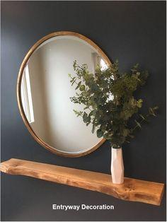 Bronze round mirror with eucalyptus leaves and a floating oak shelf . - Flur ideen - Decor world Hallway Decorating, Entryway Decor, Bedroom Decor, Entryway Ideas, Decorating Ideas, Decor Ideas, Hallway Ideas Entrance Narrow, Main Entrance, Dorm Rooms Decorating