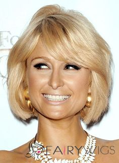 Paris Hilton Medium Straight Formal Bob Hairstyle with Side Swept Bangs - Honey Hair Color with Light Blonde Highlights Hair Styles 2014, Medium Hair Styles, Short Hair Styles, Summer Hairstyles, Bob Hairstyles, Hairstyle Short, Virtual Hairstyles, Hairstyle Ideas, Highlight Bob