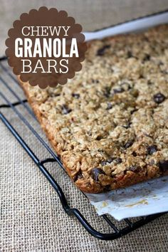 Homemade Chewy Granola Bar recipe -- super easy and way less ingredients than store bought!