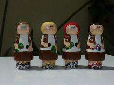 Brownie peg dolls