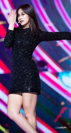 What are some of the best outfits worn by Twice Tzuyu? Cute Asian Girls, Beautiful Asian Girls, Cute Girls, Kpop Girl Groups, Kpop Girls, Korean Beauty, Asian Beauty, Stage Outfits, Cool Outfits