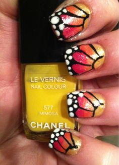 butterflies (airbrush nails are so pretty, but sound so time consuming... someday i'll be bored enough to try it)