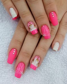 Cutest Colorful Nail Design Perfect For 2019 Teen Style Nail Art Designs, Colorful Nail Designs, Nail Polish Designs, Pedicure Nail Art, Manicure And Pedicure, Nails Design With Rhinestones, Rose Gold Nails, Rhinestone Nails, Flower Nails