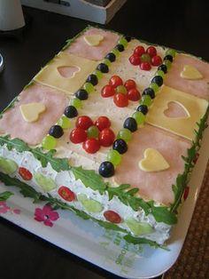 Sandwich Cake - voileipäkakku Appetizer Sandwiches, Cold Sandwiches, Party Sandwiches, Finger Sandwiches, Appetizers, Sandwhich Cake, Sandwich Torte, Entree Festive, Norwegian Food