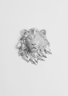The Rico- Mini Metallic-Gold Faux Lion Head Wall Mount. Cersei Lannister, Jaime Lannister, Edmund Pevensie, Gold Aesthetic, Angel Aesthetic, Faux Taxidermy, Chronicles Of Narnia, Dragon Age, Rogues