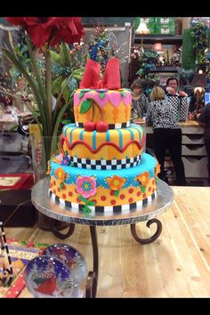 How I love this Mary Engelbreit cake.  Wish I could decorate a cake like this.