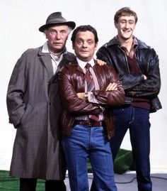 Sir David Jason to reprise Del Boy at Only Fools and Horses event British Tv Comedies, Classic Comedies, British Comedy, David Jason, English Comedy, Most Popular Tv Shows, Horse Star, Only Fools And Horses, National Film Awards