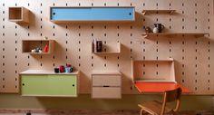 Pared - estantería de madera personalizable|Espacios en madera