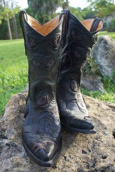 OLD GRINGO RARE Black Clarise Raised Leather Roses Embroidered Boots 10  #OldGringo #CowboyWestern