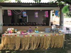 Mesa hawaiana. Party birthday ideas.