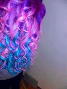 Pink, blue, and purple hair... awesome!