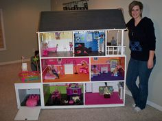 the coolest barbie house ever! thinkin bout makin this for my nieces for xmas.. shhh