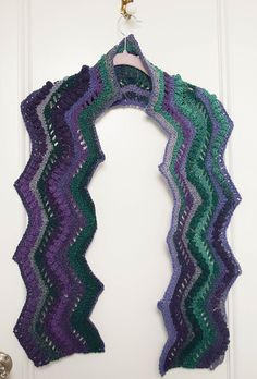 Rippling Peacock Scarf pattern by Marie Segares