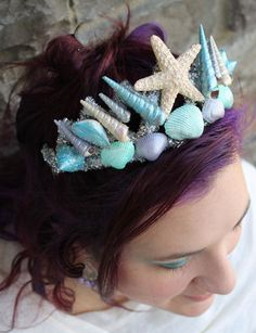 Mom's Got Ink - Make your own mermaid crown! (creativegreenliving)