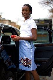 Street Style: Paris Fashion Week Spring 2012 - - Vogue