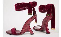 Tom Ford, spring 2012 http://www.vogue.fr/mode/news-mode/diaporama/obsession-de-chaussures/12668/image/744040#!tom-ford-spring-2012