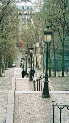 Paris, Montmartre:  No lift for us!  We took the steps...every one of them!