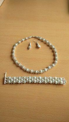 Wire Jewelry, Jewelry Crafts, Beaded Jewelry, Handmade Jewelry, Celtic Crafts, Copper Cuff, Bead Weaving, Jewelry Collection, Jewelry Design