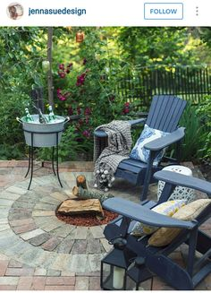 YES! With my blue Adirondack chairs and an umbrella. Can do without fire pit.