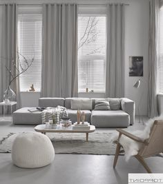 Amazing Wohnzimmer Wand Graues Sofa on Interior Decor Home Ideas with Wohnzimmer Wand Graues Sofa