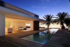 Best Ideas For Modern House Design & Architecture : – Picture : – Description Pool Design by the Urbanist Lab Moderne Pools, Design Exterior, Exterior Homes, Pool Designs, Modern House Design, Modern Architecture, Luxury Homes, Beautiful Homes, Beautiful Beautiful