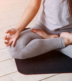 8-Yoga-Mudras-To-Overcome-Any-Ailments