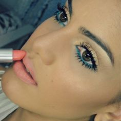 Maquiagem iluminada & Vibrante! | Super Vaidosa