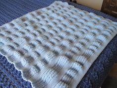 Knit ruffle blanket