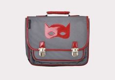 L'accessoire du jour #SuperHero #Backpack: @Carameletcie  #BackToSchool #Essentials: www.lesnominettes.com