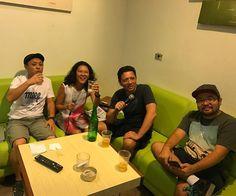 Que canta seus males espanta! Com os amigos no pré-natal  #cabeatéomeuamor #karaoke