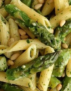 Penne with Asparagus and Lemon Pesto