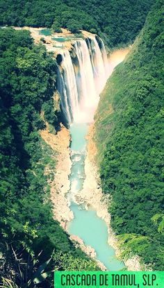 La Cascada de Tamul es el salto de agua más grande en San Luis Potosí, con 105 m de altura.