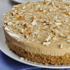 This creamy Amaretto Cheesecake is full of almond and Amaretto flavor, and no corners are cut to give it the perfect texture for a melt-in-your-mouth perfect cheesecake. Amaretto Cheesecake, Cheescake Recipe, No Bake Pumpkin Cheesecake, Amaretto Flavor, Just Desserts, Delicious Desserts, Baked Pumpkin, Breakfast Dessert, Desert Recipes