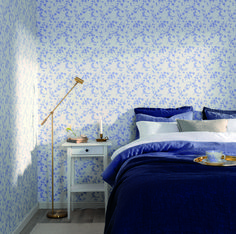 The wallpaper Bella - from Duro is a wallpaper with the dimensions x m. The wallpaper Bella - belongs to the popular wallpaper collectio Designers Guild, New Wallpaper, Tree Wall, Toulouse, New Room, Dream Bedroom, Bella, Color Combinations, Blue And White