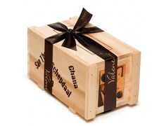 Cutie cu Praline Cargo Box Valentino Chocolatier #ciocolata #praline #lemn #cargo #valentinochocolatier #ciocolatabelgiana #cadouri #ideicadouri