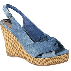 @Overstock - Chambray denim creates the knotted toe and slingback heel of these stylish wedge sandals from Refresh by Beston. These open-toe sandals are finished with a 4-inch rattan wedge heel, anchored by a 1-inch platform, and a slightly padded footbed.http://www.overstock.com/Clothing-Shoes/Refresh-by-Beston-Womens-BONNIE-02-Chambray-Slingback-Rattan-Wedge-Sandals/6499307/product.html?CID=214117 $35.49