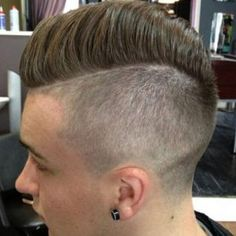 46 Best Comb Over Fade Haircuts For 2018 - New Hair Styles 2018 High Skin Fade, Skin Fade Comb Over, Long Hair Comb Over, Comb Over Fade Haircut, Short Comb Over, Taper Fade Haircut, Long Hair On Top, Tapered Haircut, Mens Hairstyles Fade