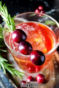 Cranberry Old Fashioned Cocktail Recipe. Whether you celebrate Thanksgiving or not, cranberries season is here so let's celebrate with a cranberry old fashioned. I'm calling it the Cran of Whoop-ass. A little off-color, but it's been that kind of year. With cranberry sauce, maple syrup, rosemary, bourbon and bitters it's an easy sipper that takes just a minute to muddle and shake.   @cocktailcontessa #christmascocktails #holidaycocktails #cranberrycocktails #whiskeycocktails Bourbon Cocktails, Easy Cocktails, Cocktail Recipes, Fruity Alcohol Drinks, Drinks Alcohol Recipes, Drink Recipes, Thanksgiving Cocktails, Christmas Cocktails, Easy Mixed Drinks