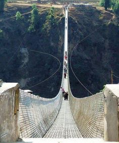 Dont look down. Amazing Bridges around the World