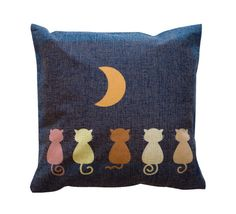 Moon Gaze Toss Pillow – Meowingtons
