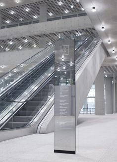 AMORE PACIFIC – Kukkwang plan | (주)국광플랜 Office Signage, Wayfinding Signage, Signage Design, Environmental Graphic Design, Environmental Graphics, Rack Design, Display Design, Design Design, Corporate Design