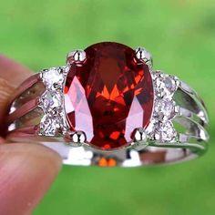 Beautiful Oval Garnet w/white Topaz Garnet Jewelry, Garnet Rings, Garnet Gemstone, Amethyst, Jewelry Accessories, Women Jewelry, Jewelry Design, White Topaz, White Gold