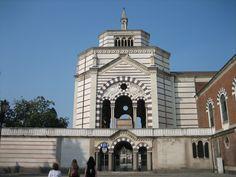 Fotografía: Rebeca Pizarro Notre Dame, Building, Travel, Hu Ge, Cemetery, Castles, Cities, Houses, Viajes