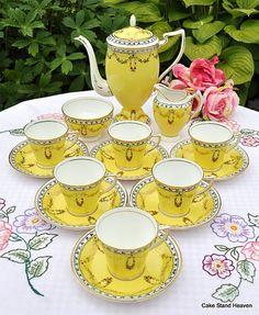 Fine Art Nouveau Duchess China Bright Yellow Coffee Set and Coffee Pot to buy Vintage China, Vintage Tea, Vintage Crockery, Antique China, Vintage Yellow, Tea Cup Saucer, Tea Cups, Dresser La Table, Art Nouveau