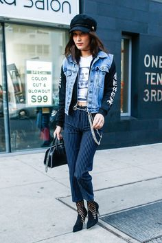 f8800a1379 Bella Hadid Rocked a 90 s-Inspired Trend in the Most Surprising Way